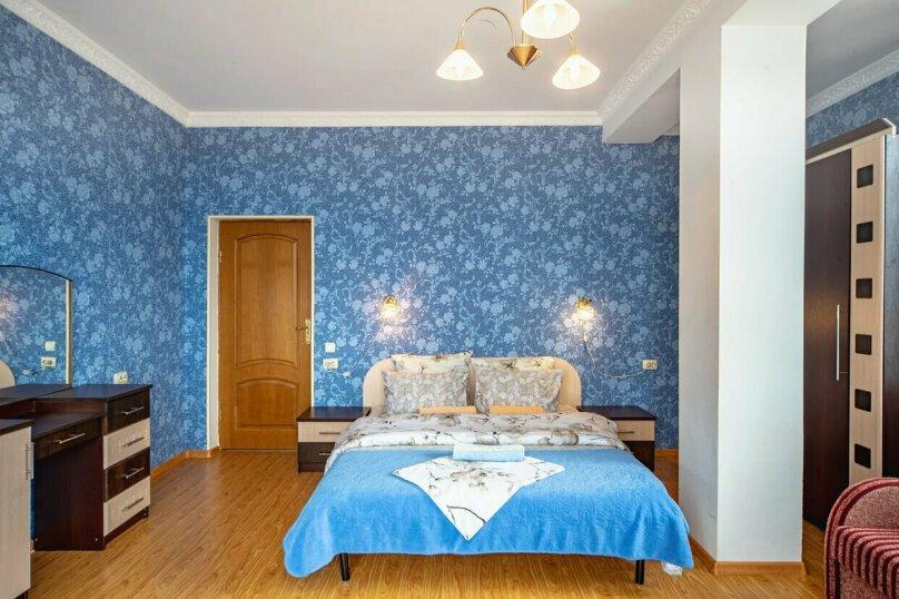 Отдельная комната, улица имени Умера Акмоллы Адаманова, 19, Ялта - Фотография 14