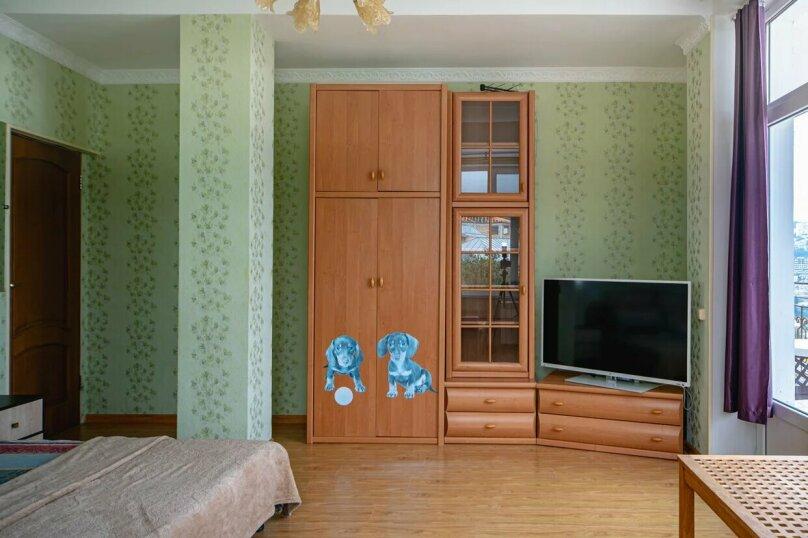 Отдельная комната, улица имени Умера Акмоллы Адаманова, 19, Ялта - Фотография 16