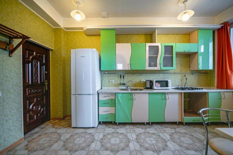 Отдельная комната, улица имени Умера Акмоллы Адаманова, 19, Ялта - Фотография 20
