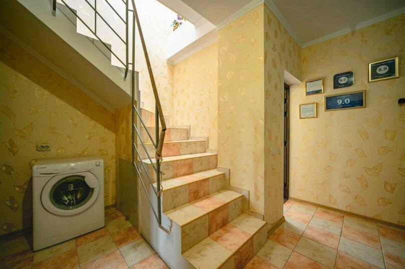 Отдельная комната, улица имени Умера Акмоллы Адаманова, 19, Ялта - Фотография 22