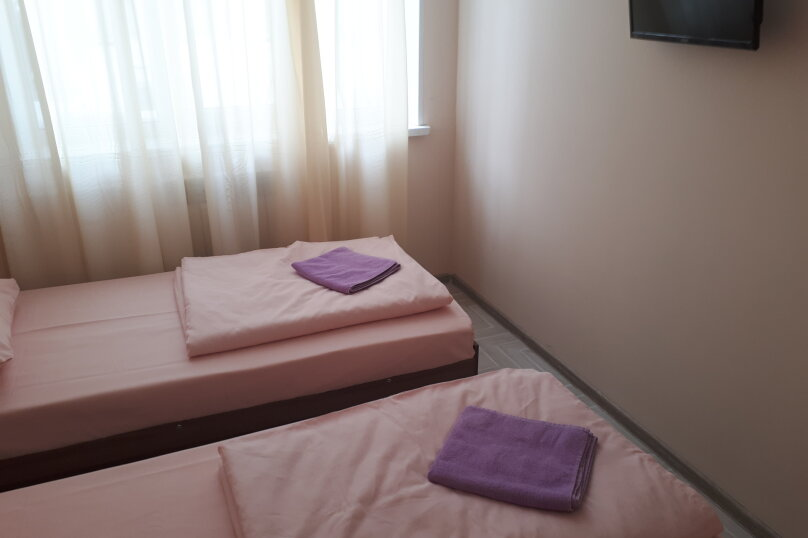 2-комн. квартира, 31 кв.м. на 5 человек, 3-й микрорайон, проспект Гагарина, 34, Златоуст - Фотография 2