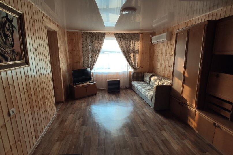 Апартаменты с кухней, гостиной и 2-мя спальнями на 2-ом этаже, Комсомольская улица, 10, Витязево - Фотография 5