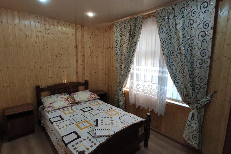 Апартаменты с кухней, гостиной и 2-мя спальнями на 2-ом этаже, Комсомольская улица, 10, Витязево - Фотография 8