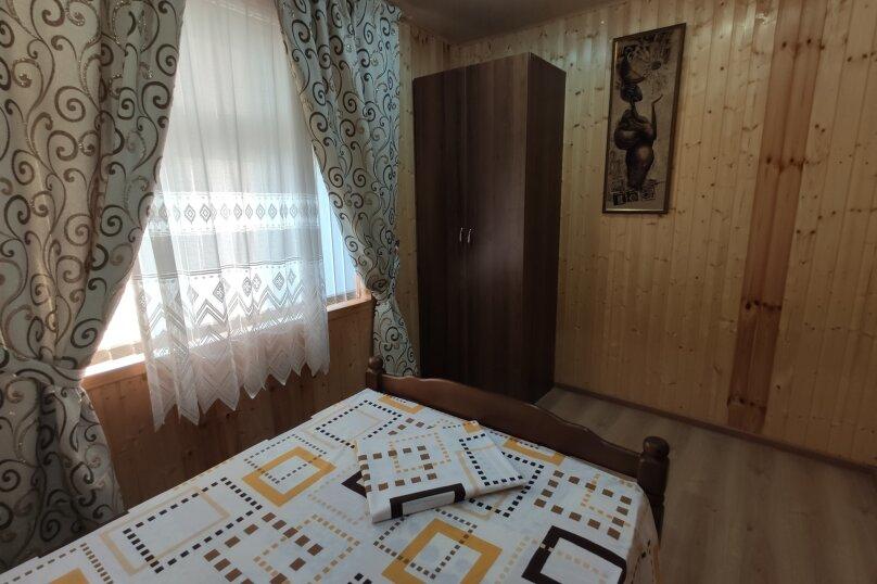 Апартаменты с кухней, гостиной и 2-мя спальнями на 2-ом этаже, Комсомольская улица, 10, Витязево - Фотография 9