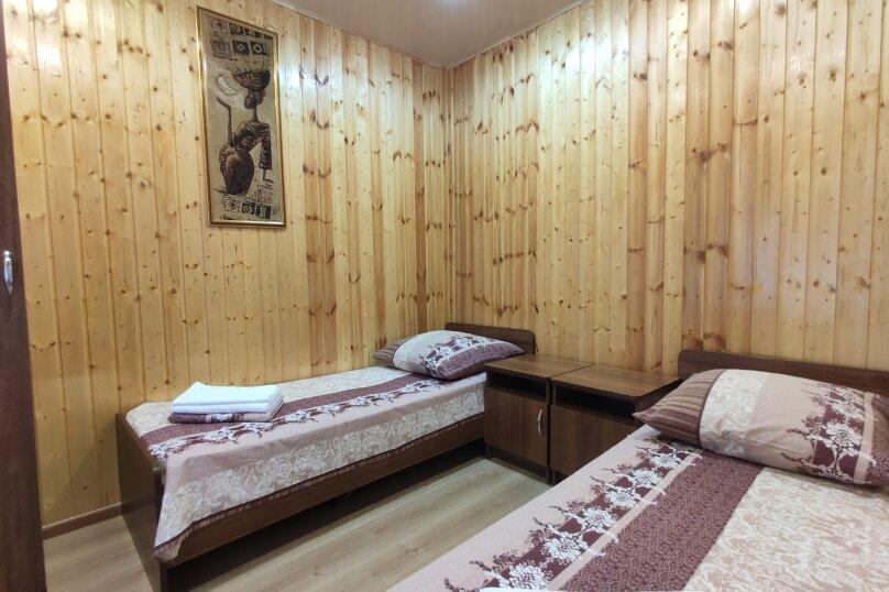 Апартаменты с кухней, гостиной и 2-мя спальнями на 2-ом этаже, Комсомольская улица, 10, Витязево - Фотография 11