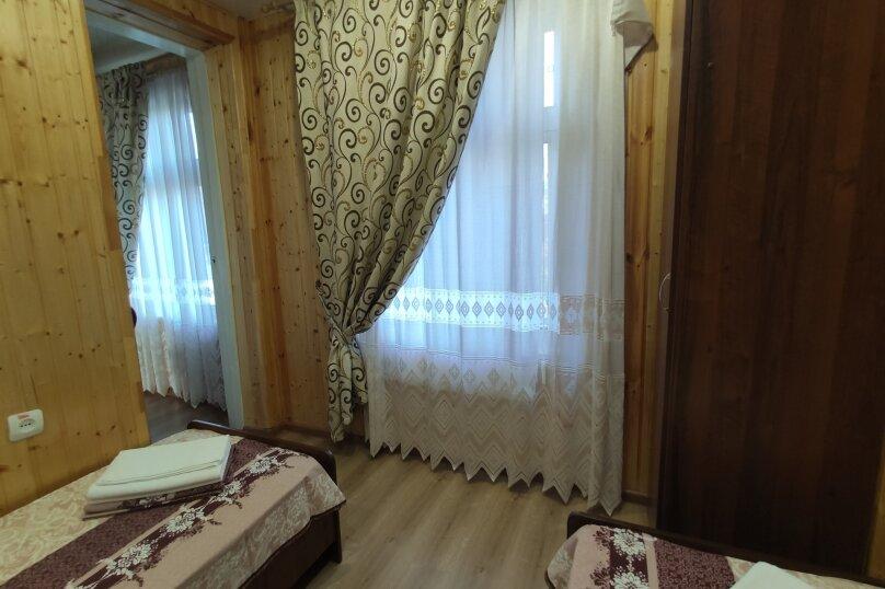 Апартаменты с кухней, гостиной и 2-мя спальнями на 2-ом этаже, Комсомольская улица, 10, Витязево - Фотография 12