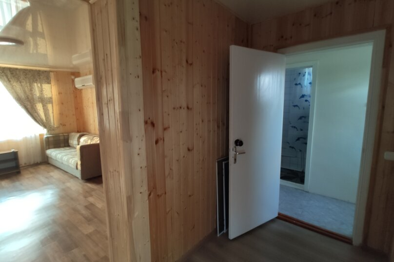 Апартаменты с кухней, гостиной и 2-мя спальнями на 2-ом этаже, Комсомольская улица, 10, Витязево - Фотография 13