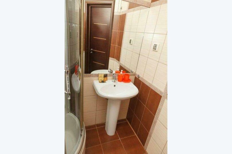Двухместный номер «Комфорт» с 1 кроватью и диваном, Лиговский проспект, 44, Санкт-Петербург - Фотография 3