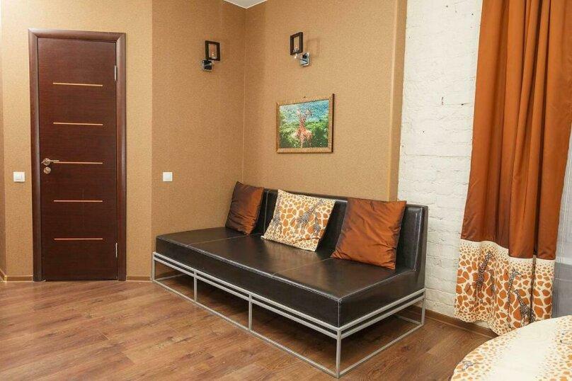 Двухместный номер «Комфорт» с 1 кроватью и диваном, Лиговский проспект, 44, Санкт-Петербург - Фотография 4