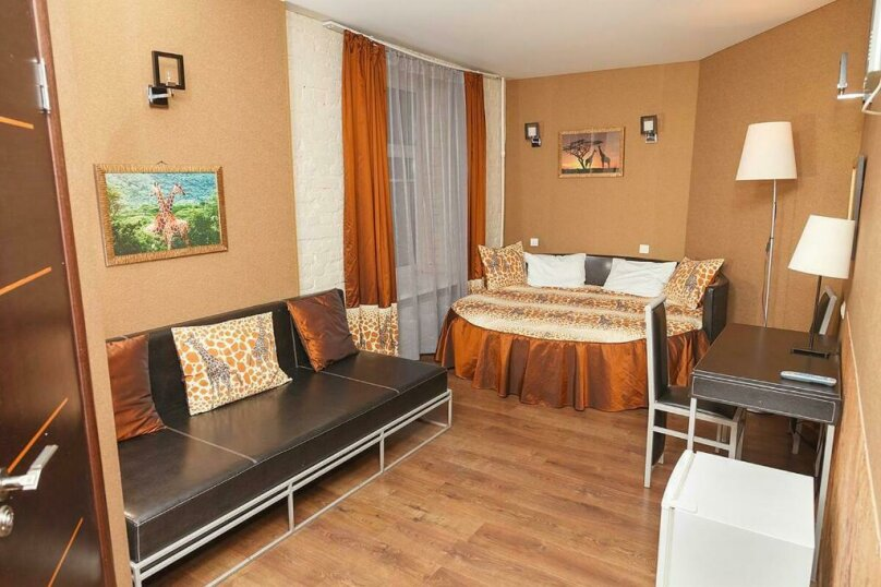Двухместный номер «Комфорт» с 1 кроватью и диваном, Лиговский проспект, 44, Санкт-Петербург - Фотография 7