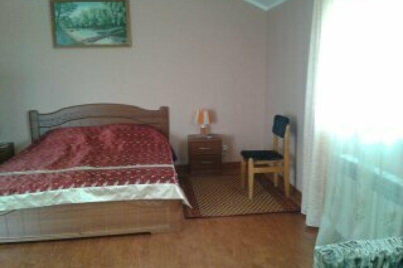 комната, Первомайская улица, 46, Евпатория - Фотография 2