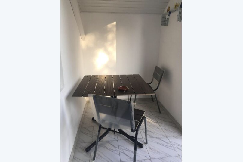 Двухместный номер с отдельными кроватями и кухней на этаже , улица Луначарского, 180, Геленджик - Фотография 2