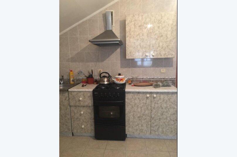 Двухместный номер с отдельными кроватями и кухней на этаже , улица Луначарского, 180, Геленджик - Фотография 6