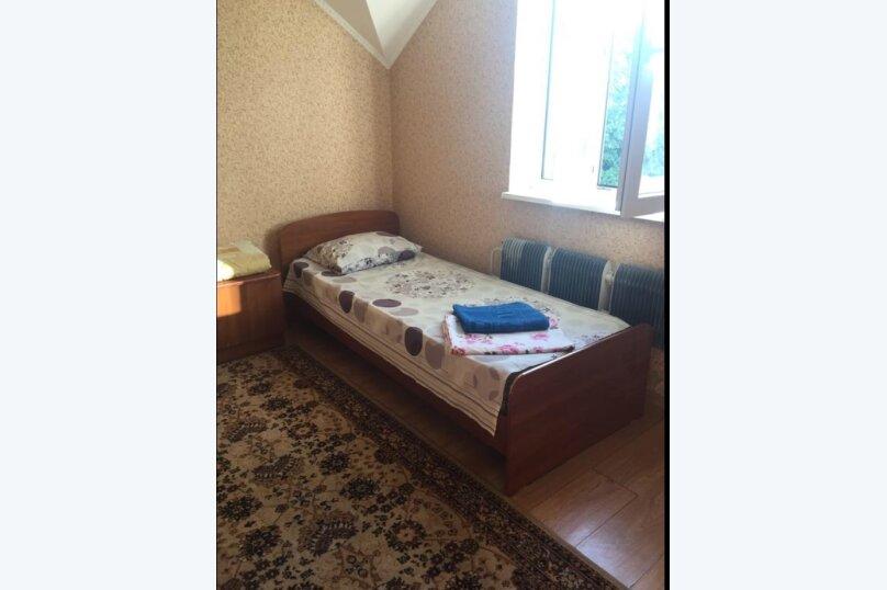 Двухместный номер с отдельными кроватями и кухней на этаже , улица Луначарского, 180, Геленджик - Фотография 7