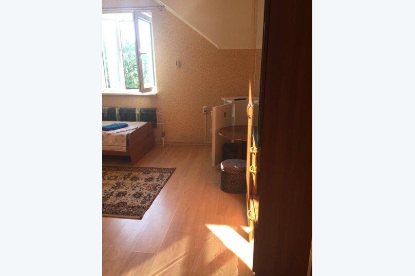 Двухместный номер с отдельными кроватями и кухней на этаже , улица Луначарского, 180, Геленджик - Фотография 8