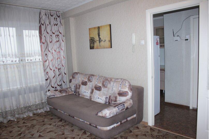 2-комн. квартира, 50 кв.м. на 6 человек, улица Партизана Железняка, 32, Красноярск - Фотография 12