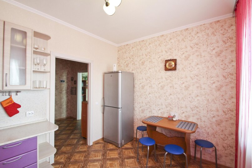 1-комн. квартира, 42 кв.м. на 3 человека, улица Иосифа Каролинского, 14, Сургут - Фотография 6