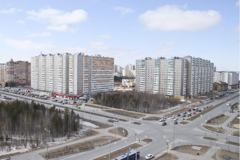 1-комн. квартира, 42 кв.м. на 3 человека, улица Иосифа Каролинского, 14, Сургут - Фотография 12