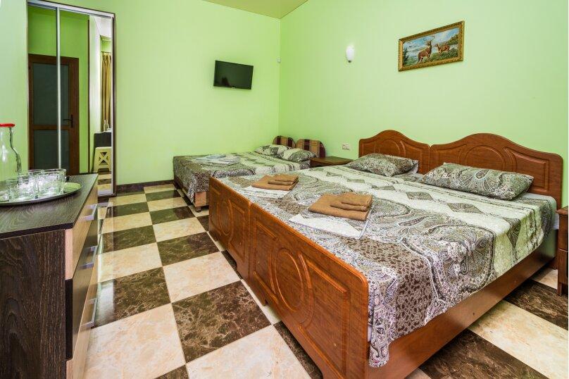 Гостевой дом Georich (Георич), Сурожская улица, 23 на 8 комнат - Фотография 24