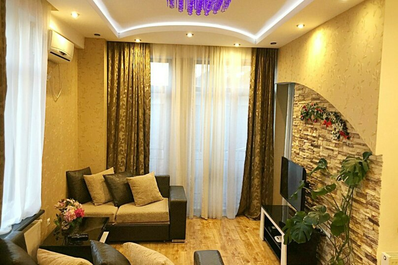 2-комн. квартира, 45 кв.м. на 3 человека, улица 9-го Апреля, 3, Тбилиси - Фотография 5