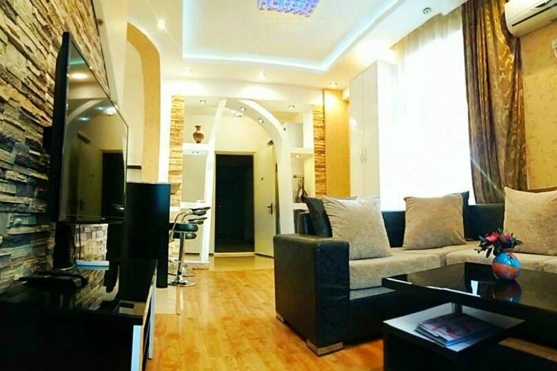 2-комн. квартира, 45 кв.м. на 3 человека, улица 9-го Апреля, 3, Тбилиси - Фотография 6
