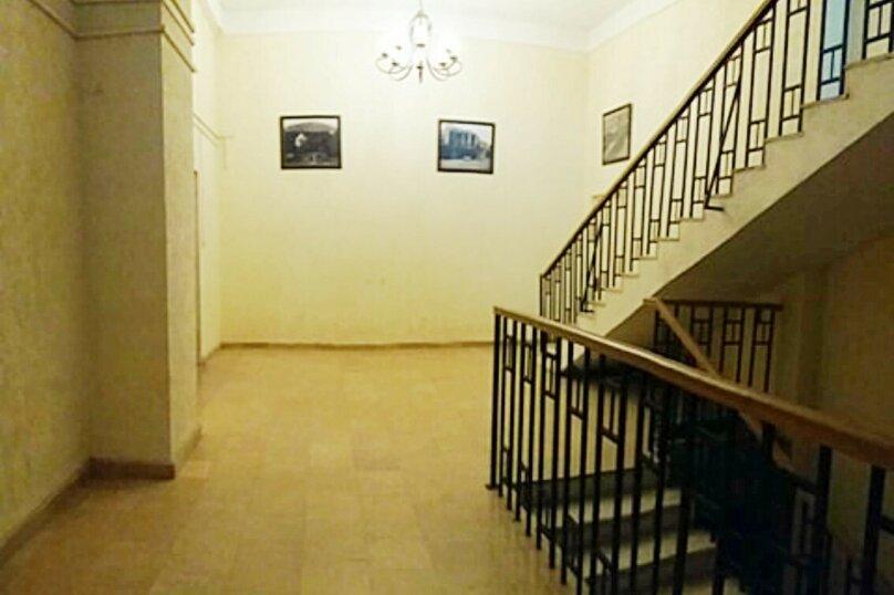 2-комн. квартира, 45 кв.м. на 3 человека, улица 9-го Апреля, 3, Тбилиси - Фотография 18