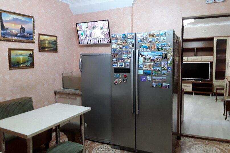 Улучшенный на 3 человека., улица Пономарёвой, 4, Феодосия - Фотография 2