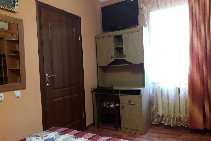 """Гостевой дом """"Сад"""", улица Пономарёвой, 4 на 10 комнат - Фотография 90"""