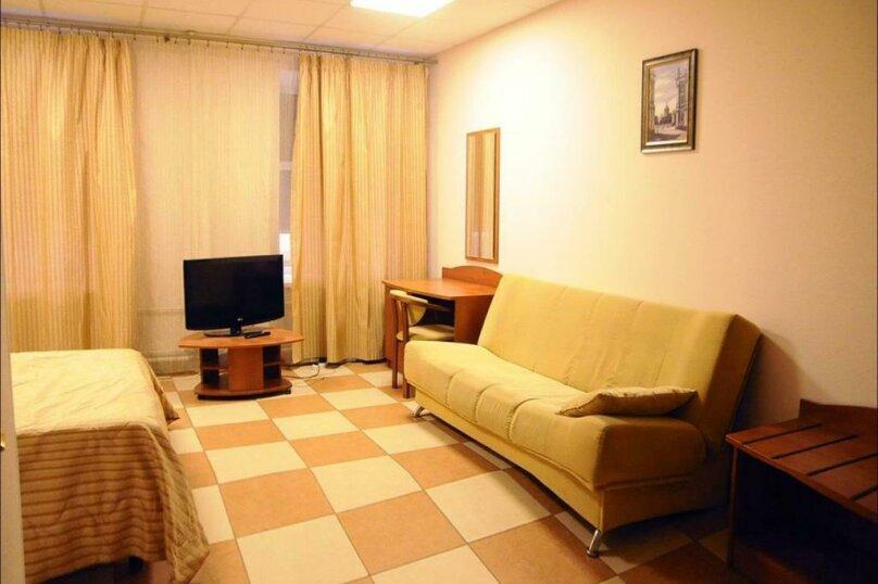 Улучшенный номер, Съезжинская улица, 34, Санкт-Петербург - Фотография 6