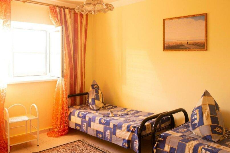 Трёхместный номер эконом (Карамель), Генуэзский проезд, 7, село Сукко - Фотография 1