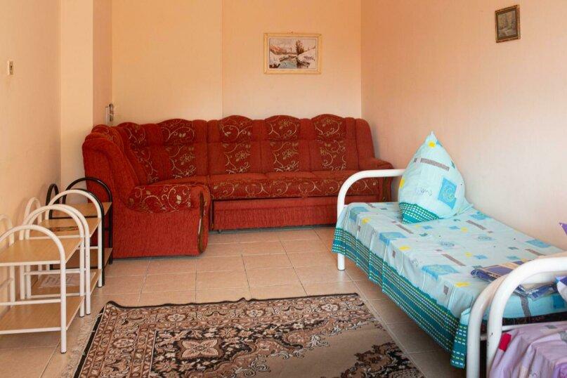 Четырёхместный номер эконом (Зефир), Генуэзский проезд, 7, село Сукко - Фотография 1