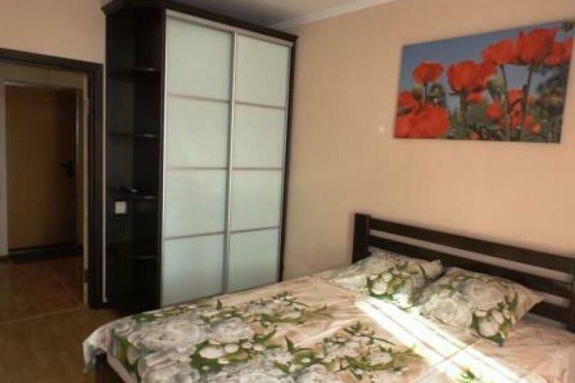 2-комн. квартира, 65 кв.м. на 6 человек, улица Дёмышева, 127А, Евпатория - Фотография 4