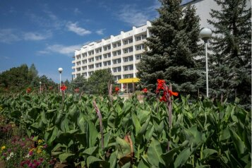 """пансионат """"Южный"""", проспект Нахимова, 16 на 160 номеров - Фотография 1"""