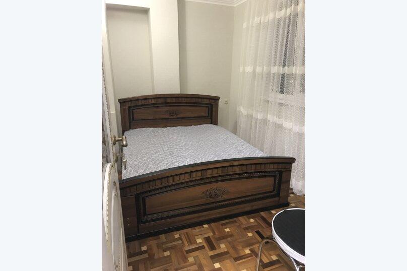 3-комн. квартира, 60 кв.м. на 7 человек, улица Агрба, 16, Пицунда - Фотография 6