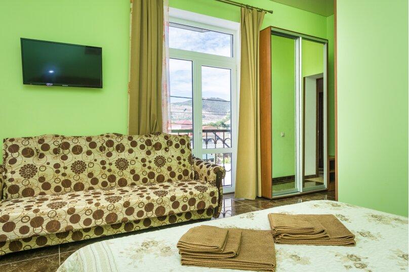 Гостевой дом Georich (Георич), Сурожская улица, 23 на 8 комнат - Фотография 37