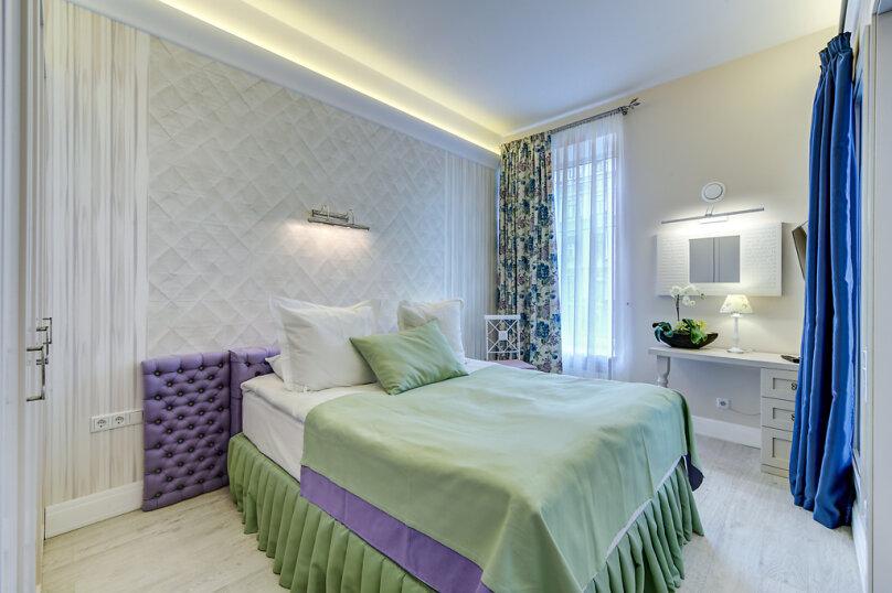 Отдельная комната, Большая Конюшенная улица, 12, метро Гостиный Двор, Санкт-Петербург - Фотография 1