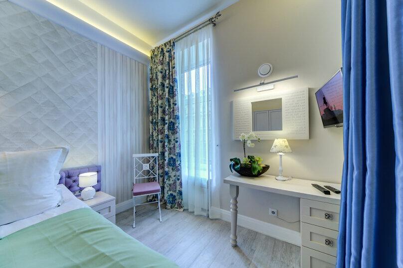 Отдельная комната, Большая Конюшенная улица, 12, метро Гостиный Двор, Санкт-Петербург - Фотография 16