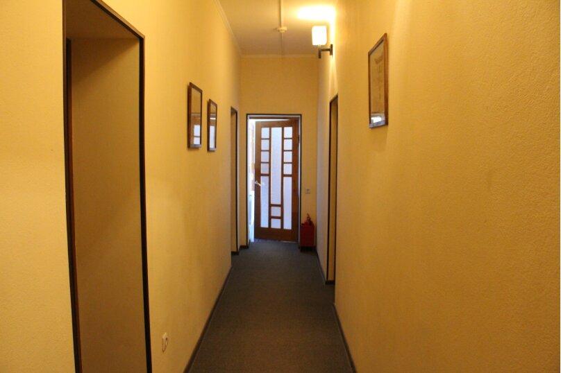 """Гостевой дом """"Янтарная гроздь"""", Высотная улица, 2 на 14 комнат - Фотография 6"""