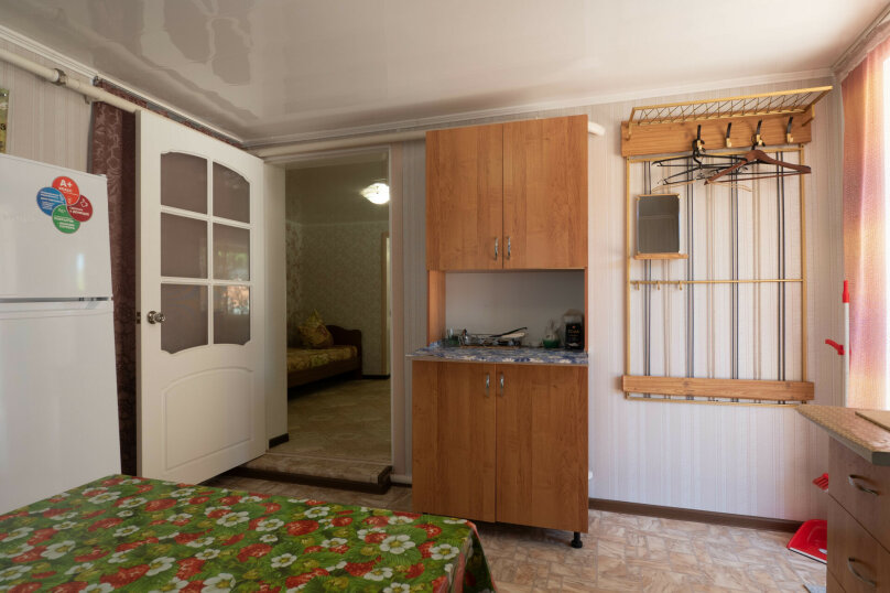 Дом, 50 кв.м. на 5 человек, 2 спальни, улица Богдана Хмельницкого, 31, Ейск - Фотография 10