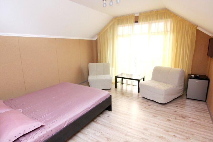 Семейный номер с ванной комнатой , Ульяновская улица, 41, Геленджик - Фотография 2