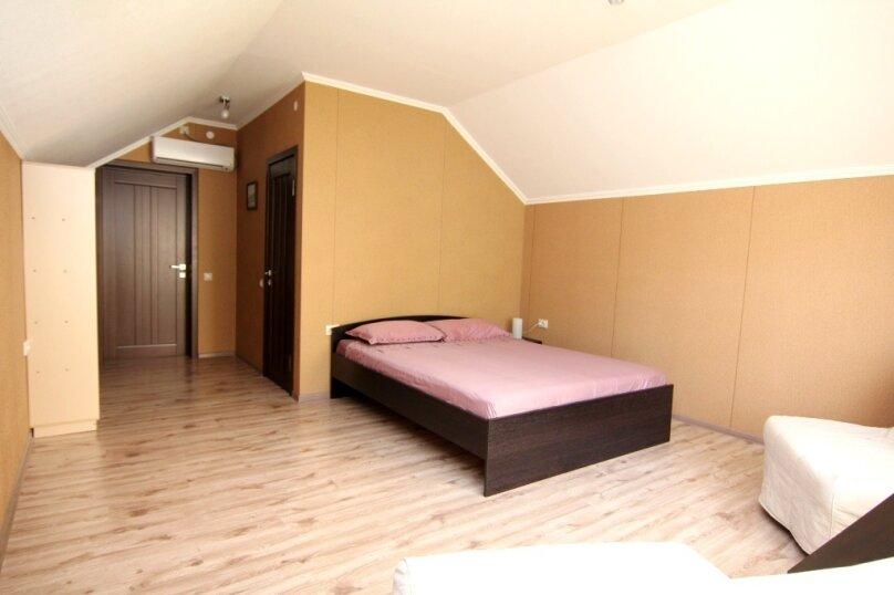 Семейный номер с ванной комнатой , Ульяновская улица, 41, Геленджик - Фотография 3