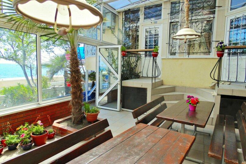 Трехместная студия с балконом, улица Дражинского, 7, Ялта - Фотография 12
