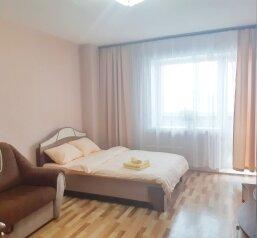 1-комн. квартира, 38 кв.м. на 4 человека, Судостроительная, 90, Красноярск - Фотография 1