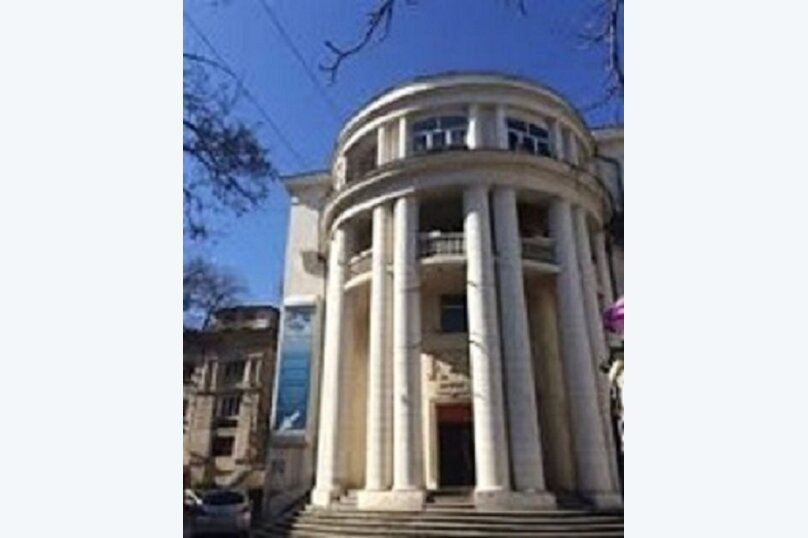 2-комн. квартира, 85 кв.м. на 4 человека, Большая Морская улица, 50, Севастополь - Фотография 1