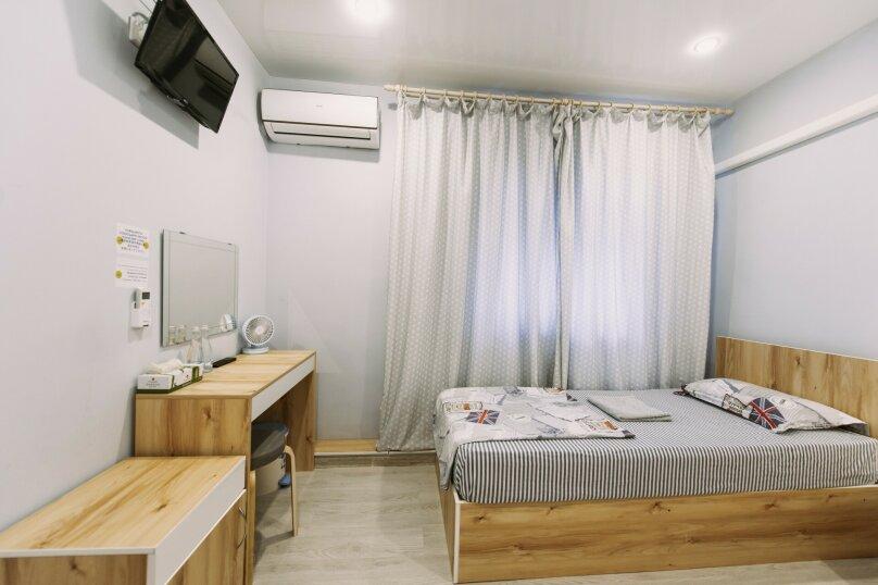 Двухместный номер с 2 отдельными кроватями и окном, Пограничная улица, 6А, Владивосток - Фотография 5