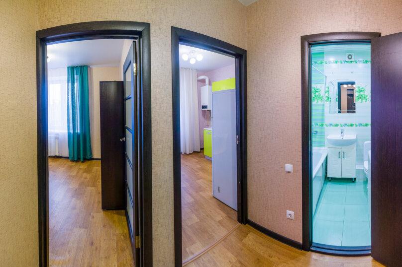 1-комн. квартира, 36 кв.м. на 4 человека, улица Николая Смирнова, 6, Чебоксары - Фотография 6