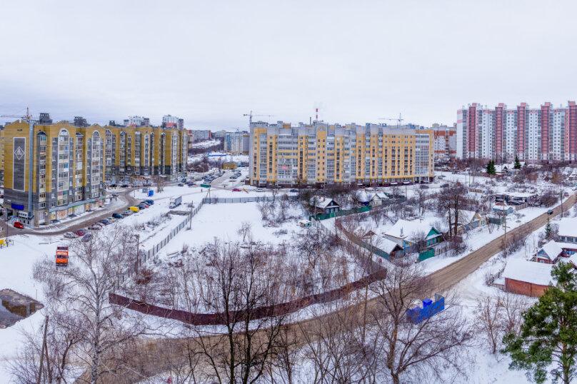 1-комн. квартира, 36 кв.м. на 4 человека, улица Николая Смирнова, 6, Чебоксары - Фотография 16