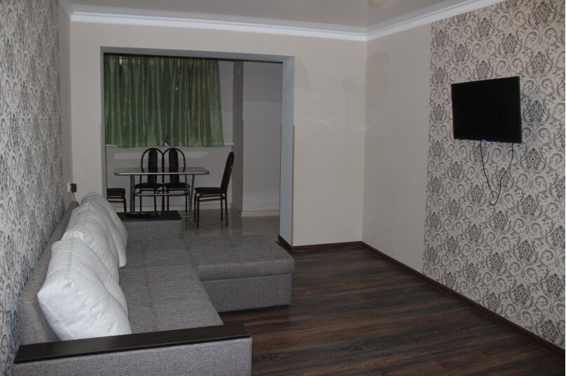 2-комн. квартира, 55 кв.м. на 5 человек, улица Абазгаа, 41/1, Гагра - Фотография 1