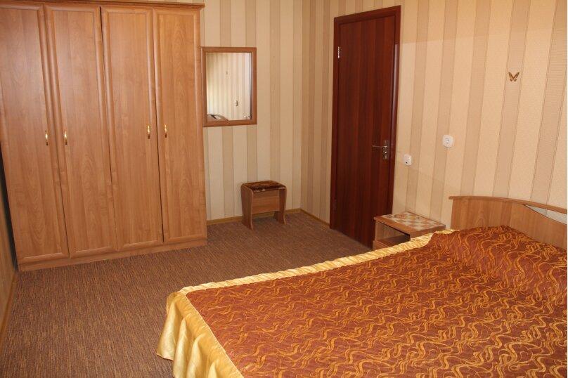 """Гостевой дом """"Янтарная гроздь"""", Высотная улица, 2 на 14 комнат - Фотография 15"""