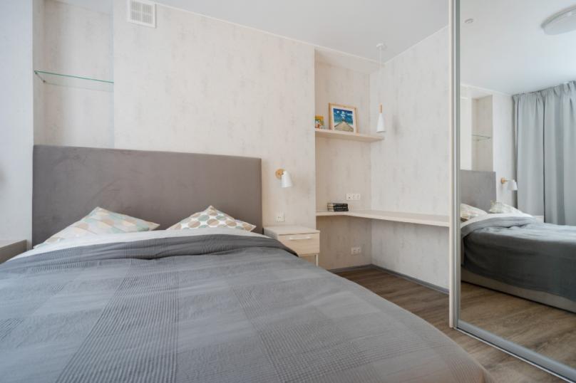 2-комн. квартира, 42 кв.м. на 4 человека, улица Шуртыгина, 7, Казань - Фотография 23
